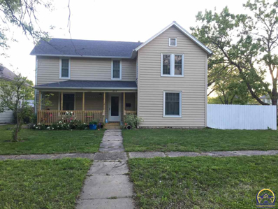 404 S 6th St, Burlington, KS 66839 - #: 197956