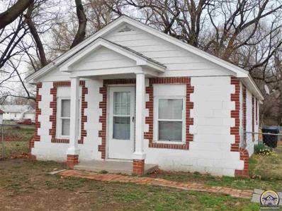 1908 NW Fillmore St, Topeka, KS 66608 - #: 206535