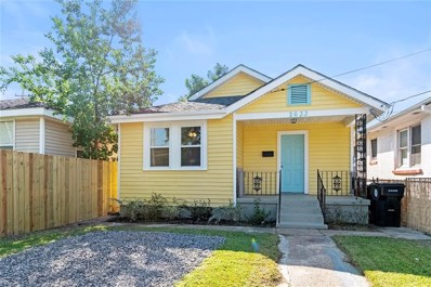 2633 Mistletoe Street, New Orleans, LA 70118 - #: 2221891