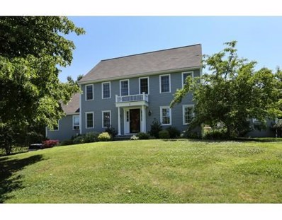 4 David Henry Gardner Lane, Southborough, MA 01772 - #: 72408240