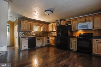 215 South Main, Mercersburg, PA 17236 - #: PAFL168604