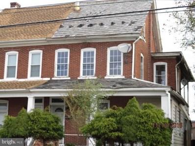 712 Main Street, Red Hill, PA 18076 - #: PAMC372568