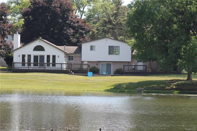 9415 E Shady Grove Crt, White Lake, MI 48386 - #: 21427799