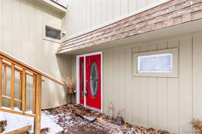 7132 Colony Dr, West Bloomfield, MI 48323 - #: 21436761