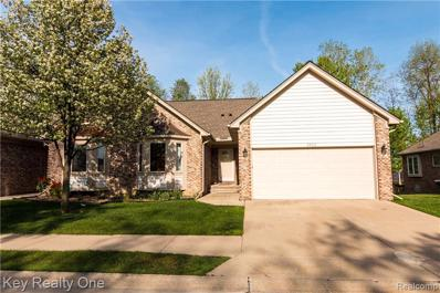 45912 Woodview Dr, Shelby Twp, MI 48315 - #: 21464121