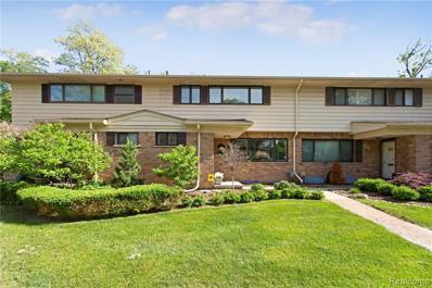 102 E Hickory Grove Rd, Bloomfield Hills, MI 48304 - #: 21466073