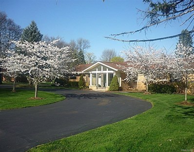 4771 Haddington Dr, Bloomfield Hills, MI 48304 - #: 21486333