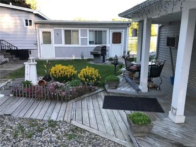 414 Shorewood Crt, Lake Orion, MI 48362 - #: 21498664