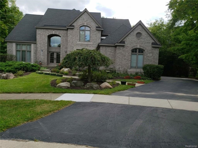 6642 Carlyle Crt, West Bloomfield, MI 48322 - #: 21499060