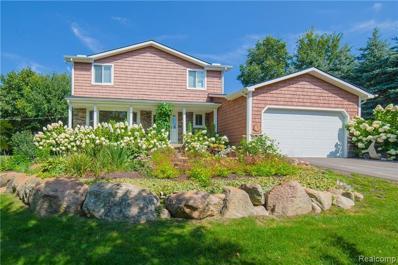 2400 McKeachie Rd, White Lake, MI 48383 - #: 21500826