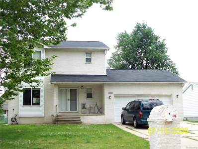 5612 Meadow View St, Sterling Heights, MI 48310 - #: 21502272