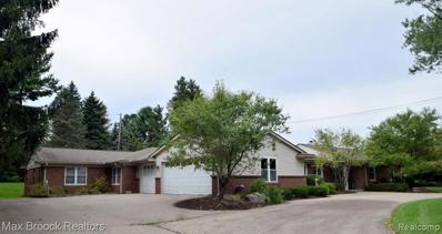 4318 Squirrel Rd, Bloomfield Hills, MI 48304 - #: 21502322