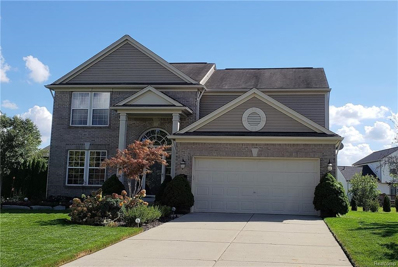 7647 Peninsula Crt, Waterford, MI 48327 - #: 21505605