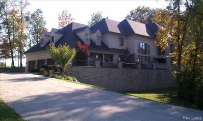 36933 Howard Rd, Farmington Hills, MI 48331 - #: 21512870