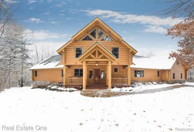 109 Creekwood Dr, Lake Orion, MI 48362 - #: 21528889