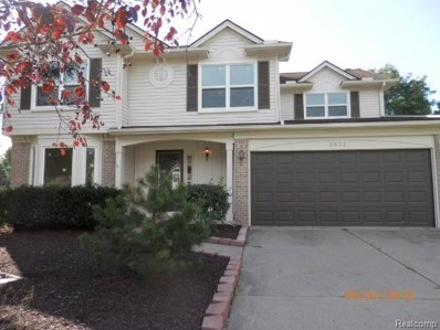 2572 W Bloomfield Oaks Drive, West Bloomfield Twp, MI 48324 - #: 218095387