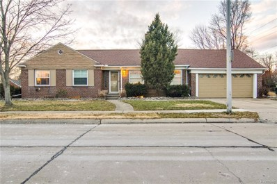 19935 E Emory Court, Grosse Pointe Woods, MI 48236 - #: 219005908