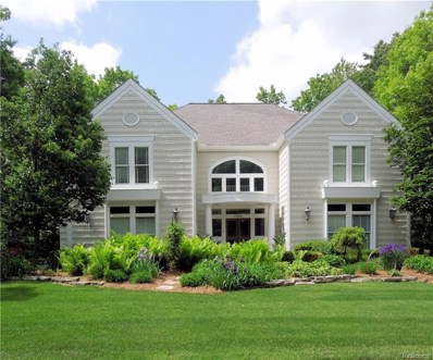 6980 Lakemont Circle, West Bloomfield Twp, MI 48323 - #: 219006213