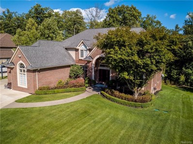 7015 Hawk Woods Court, West Bloomfield Twp, MI 48322 - #: 219007079