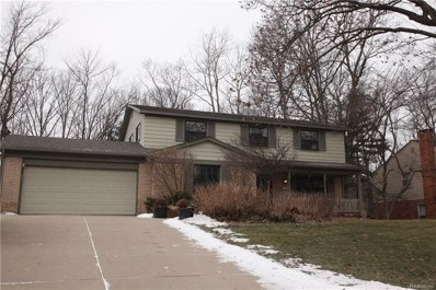 6098 Pinecroft Drive, West Bloomfield Twp, MI 48322 - #: 219011927