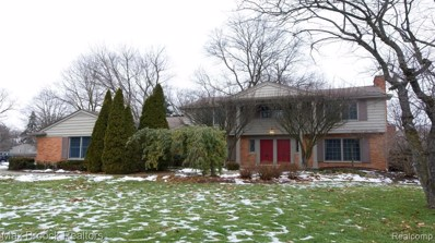 32835 White Oaks Trail, Beverly Hills Vlg, MI 48025 - #: 219103023