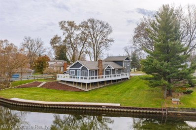 1100 Otter Avenue, Waterford Twp, MI 48328 - #: 219118313