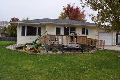 523 W Church Avenue, Buffalo Lake, MN 55314 - #: 5322809