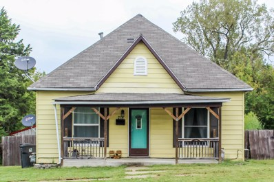 218 W Chicago Ave, Marceline, MO 64658 - #: 402481