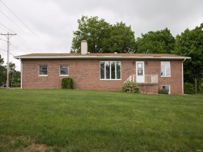 10 Huber Drive, Hillsboro, IL 62049 - #: 18000995