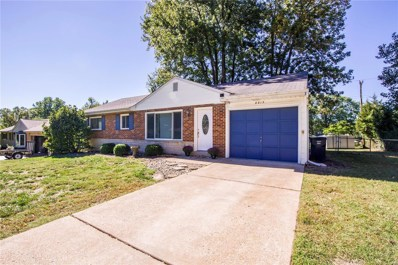 8815 Glen Rose Drive, St Louis, MO 63126 - #: 18082353