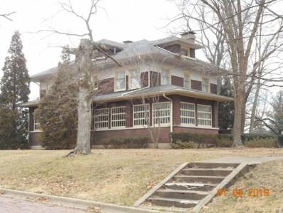 315 Spruce Street, Pana, IL 62557 - #: 19000888