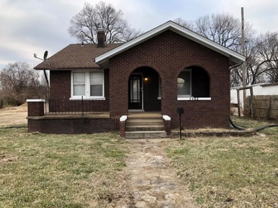 7102 Old Missouri Avenue, East St Louis, IL 62207 - #: 19005479