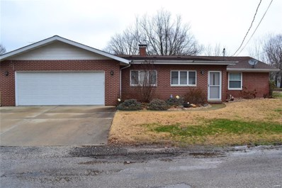 601 Hanover, Germantown, IL 62245 - #: 19041868