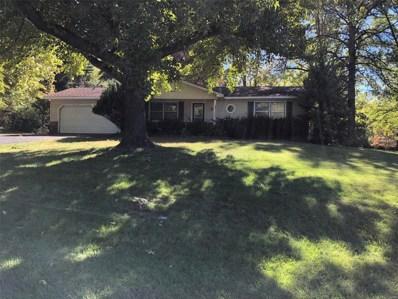 2 Oak Knoll Drive, St Charles, MO 63304 - #: 19070220