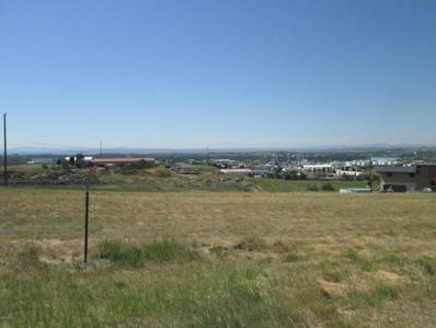 1104 Skyline Drive NE, Great Falls, MT 59404 - #: 22100100