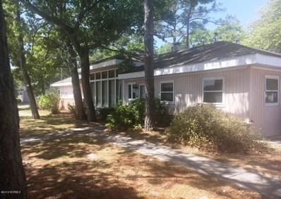 208 E Oak Island Drive, Oak Island, NC 28465 - #: 100136781