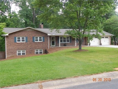 712 Colonial Drive, North Wilkesboro, NC 28659 - #: 917244