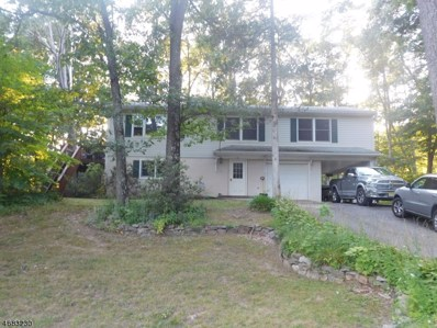 48 Lounsberry Hollow Rd, Vernon Twp., NJ 07461 - #: 3516372
