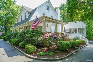 775 W CRESCENT Avenue, Allendale, NJ 07401 - #: 1822121