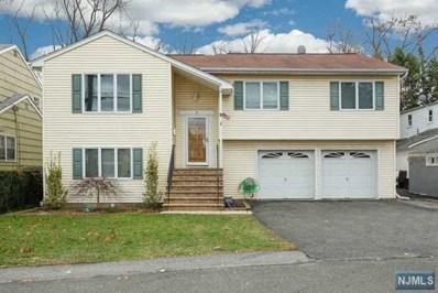 10 DOROTHY Avenue, Rochelle Park, NJ 07662 - #: 1900342