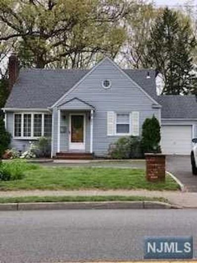 281 N FARVIEW Avenue, Paramus, NJ 07652 - #: 1927696
