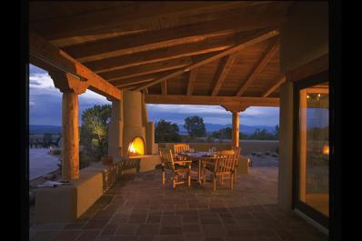 88 Vista Del Oro, Santa Fe, NM 87010 - #: 201601392