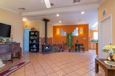 15 Calle Otra Banda, Santa Fe, NM 87506 - #: 201904168