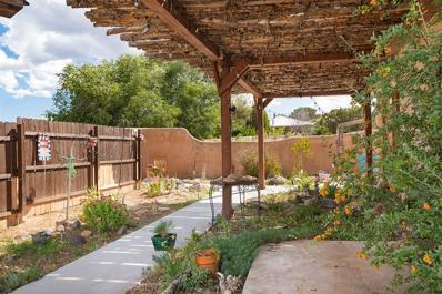 17 Los Ojitos Rd., Santa Fe, NM 87506 - #: 202002006