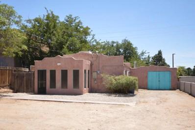 2424 Garfield Avenue SE, Albuquerque, NM 87106 - #: 924469