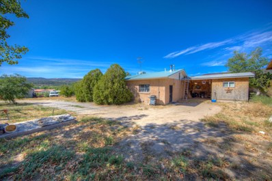 14 County Road 35, Velarde, NM 87582 - #: 955661