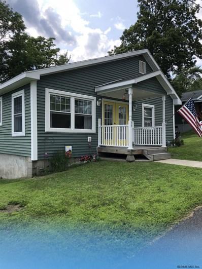 35 Oberlook Av, North Greenbush, NY 12198 - #: 201926333
