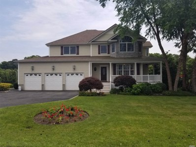 1 Marion Ct, Center Moriches, NY 11934 - #: 3019649