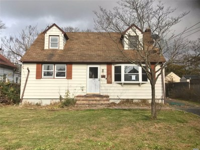 25 Liberty St, Patchogue, NY 11772 - #: 3082735
