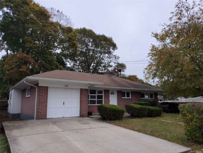 1045 Thompson Dr, Bay Shore, NY 11706 - #: 3171473